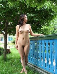 Exotic Asians Pics
