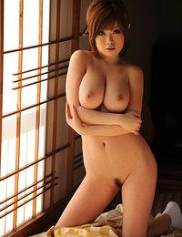 Asian Models Pics